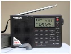 ĐÀI RADIO TECSUN PL-310ET