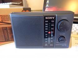 ĐÀI RADIO FM /AM SONY ICF-18