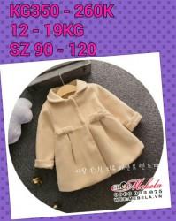 KG350 Áo khoác dạ màu kem 2 nơ cho bé 12 - 19kg, 2 - 5t sz 90-120