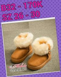 B32 - Giày da lộn cổ lông cho bé , size 26 - 30 (form bé hơn bt)