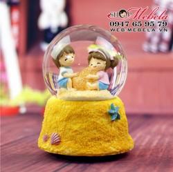 CT12 Quà tặng quả cầu tuyết cặp đôi trên cát vàng