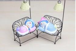 Q11 Đèn Doraemon ngủ trên ghế