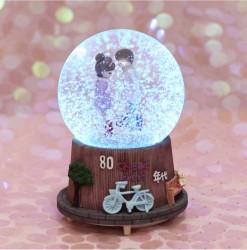 CT26 Quà tặng quả cầu tuyết cặp đôi mùa đông có tuyết phun tự động và đèn nhạc