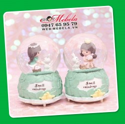 CT29 Quà lưu niệm quả cầu tuyết bé gái và thỏ xinh