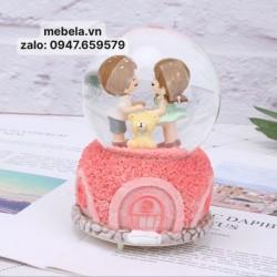 Quà sinh nhật quả cầu tuyết cặp đôi và gấu có đèn, nhạc, có clip và ảnh chụp