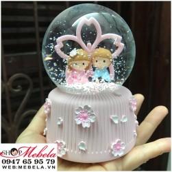 Quà sinh nhật quả cầu tuyết cặp đôi hoa anh đào cỡ bé