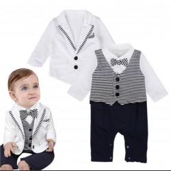 Bộ vest trắng cho bé trai