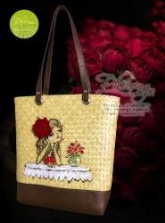 Túi cói vẽ tay hình cô gái hoa hồng đỏ