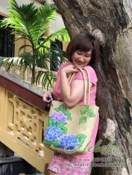Túi cói đeo vai vẽ hoa cẩm tú cầu
