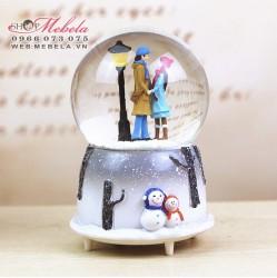 Quà tặng quả cầu tuyết pha lê cặp đôi mùa đông
