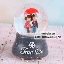 Quả cầu tuyết cặp đôi ô đỏ True Love