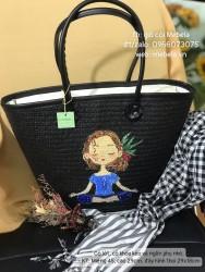 Túi cói đen quai da vẽ cô gái ngồi thiền