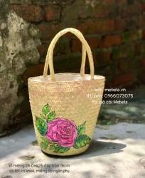 Túi cói dáng trụ vẽ hoa hồng