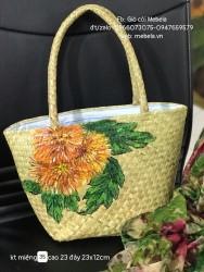 Túi cói hình thang quai ống bàng vẽ Cúc Pháo Hoa