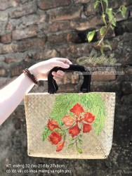 Túi cói chữ nhật quai gỗ vẽ hoa Phượng đỏ