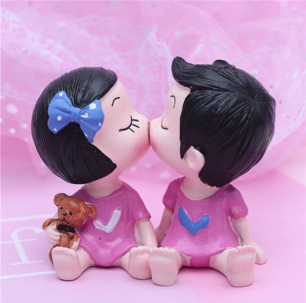 Q07 Cặp đôi áo hồng dễ thương