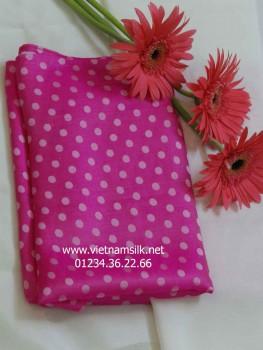 Vải lụa tơ tằm chấm bi trắng nền hồng V38