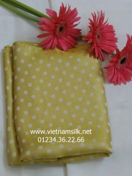 Vải lụa Hà Đông màu vàng họa tiết chấm bi V41