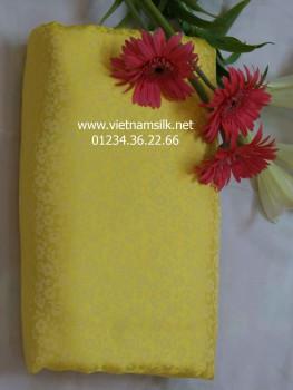 Vải lụa Hà Đông màu vàng họa tiết hoa mai V43