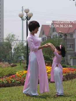 Áo dài cho mẹ lụa Thái Tuấn - AM52 - Màu hồng phấn