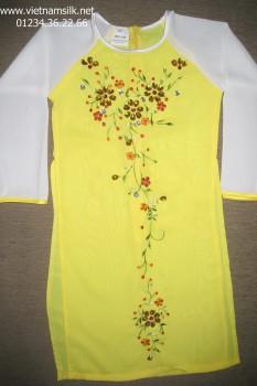 Áo dài thêu dài tay cho bé gái màu vàng đính đá AT57
