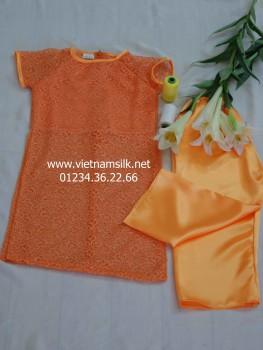 Áo dài ren cho bé gái màu cam.Mã SP: AT.76