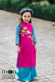 Áo dài vẽ cho bé gái VNS 218 ( màu hồng vẽ họa tiết cành hoa cúc)