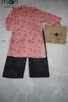 VNS333-Áo dài truyền thống bé gái họa tiết hoa nhí màu hồng quần đen