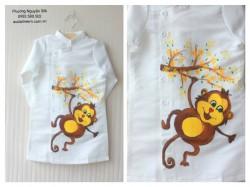 Áo dài vẽ cho bé trai VT01 hình con khỉ
