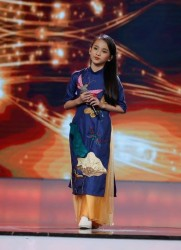 Thảo Nguyên - VietNam Idol Kids duyên dáng trong tà áo dài PNS