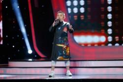 Gia Bảo - VietNam Idol Kids trong tà áo dài cách tân PNS